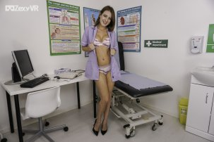 scarlot-rose-naked-nurse-105.jpg